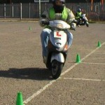 Entrenamiento de cono de entrenamiento de motos