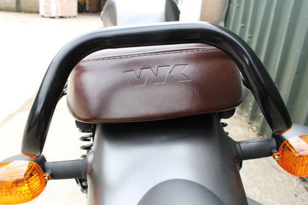 WK scrambler - rear seat